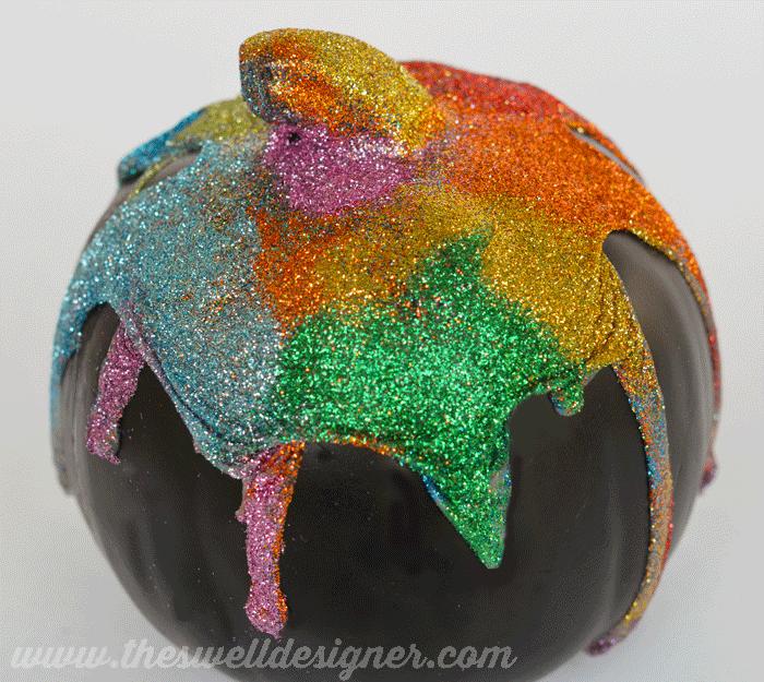 final-glitter-drip-pumpkin