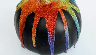 glitter-drip-pumpkin