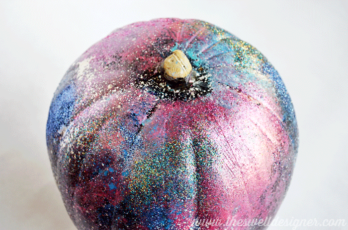overview-galaxy-art-pumpkin