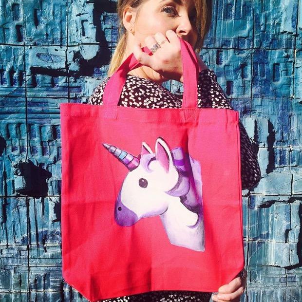 emoji unicorn tote DIY swelldesigner